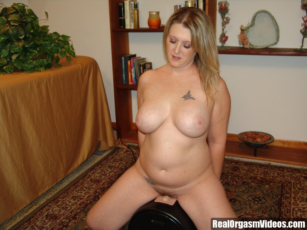 Free chubby blonde masturbating tgp